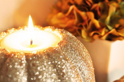 autumn-candle-cozy-fall-favim-com-676649